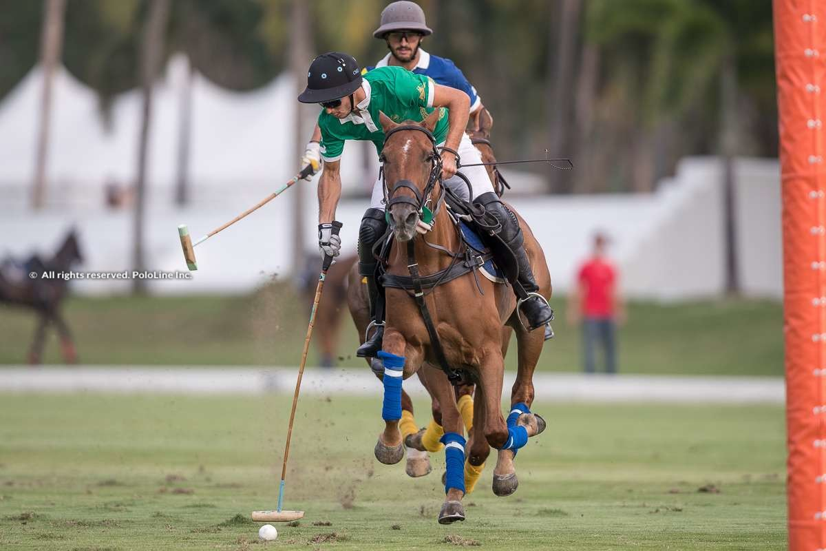 Tang Polo Club vs La Familia